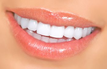 smiling womans teeth